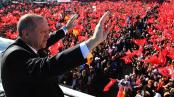 Erdogan vince in Turchia ma spacca il Paese in due